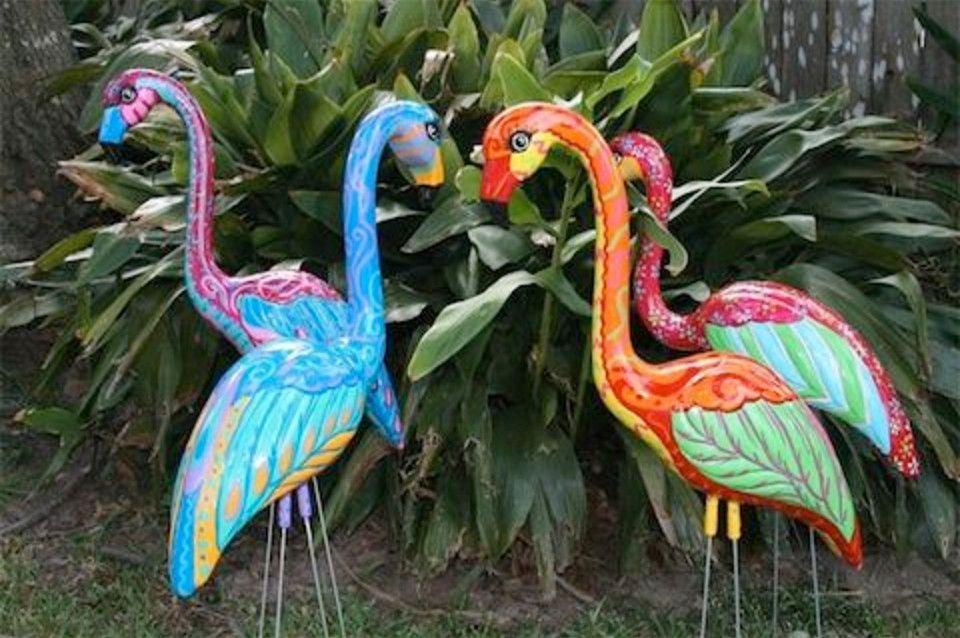 Garden Flamingos Plastic Flamingo Yard Art Flamingo Garden 400 x 300