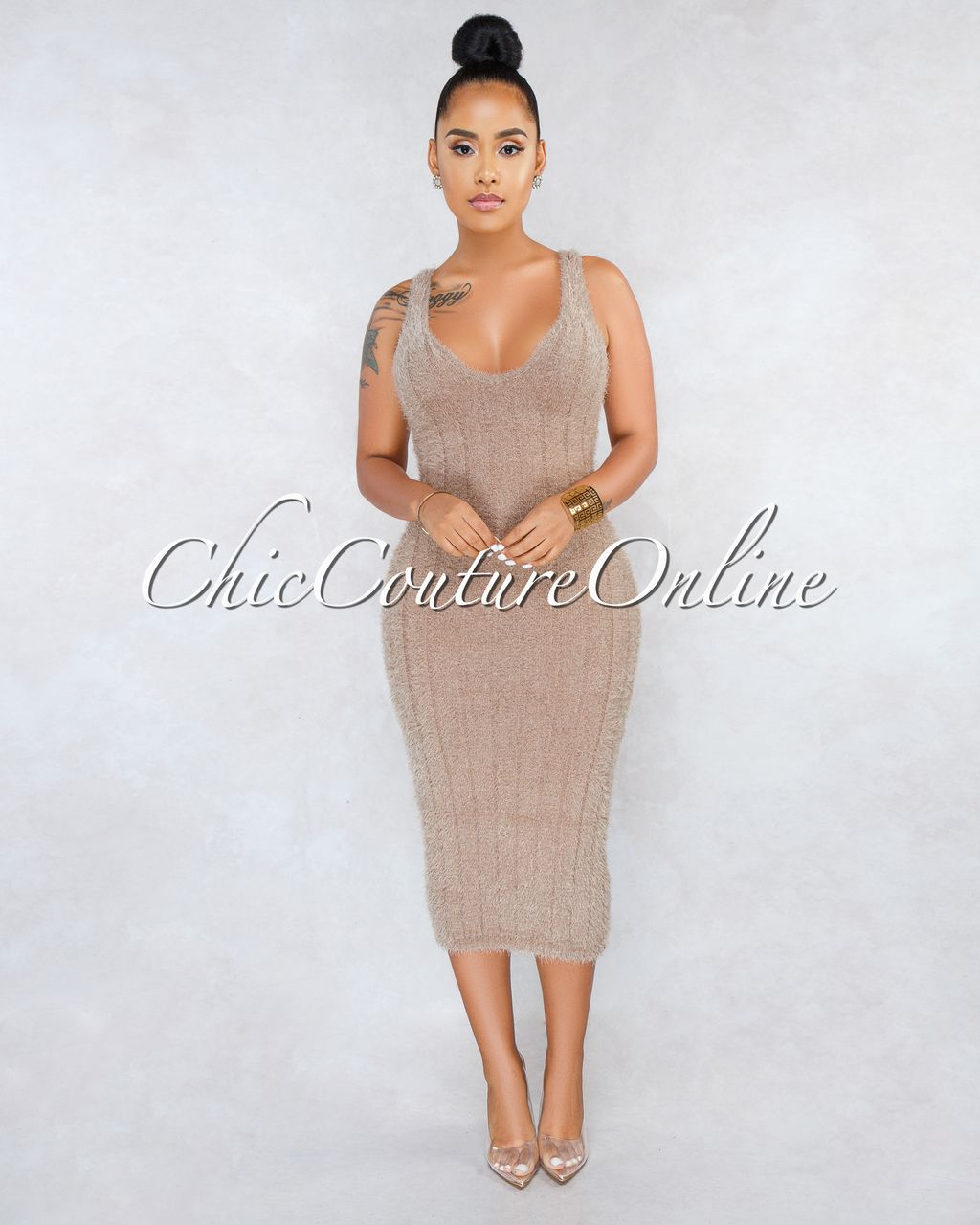 eee6463659ac38 Chic Couture Online - Adeline Mocha Ribbed Fuzzy Midi Dress