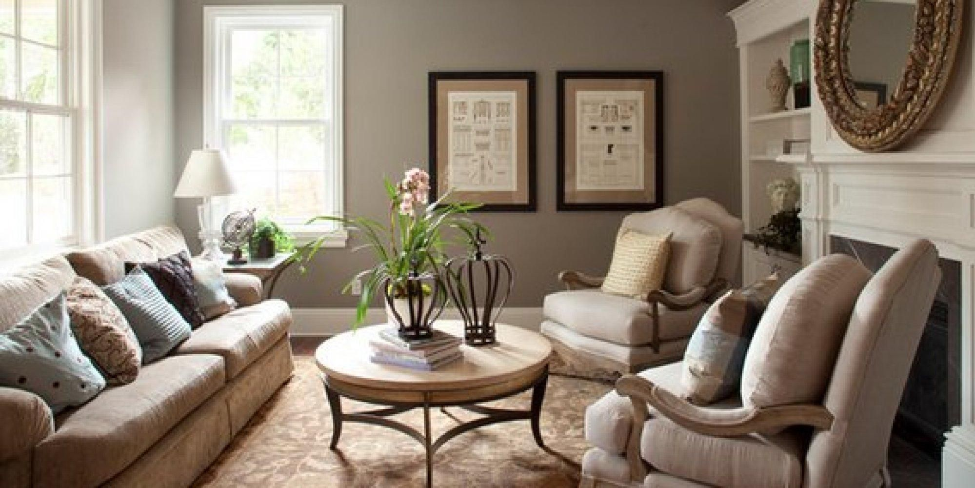 Nicedesignoflivingroomdecorideawithwhitesofaandbrown Captivating Circular Living Room Design Design Ideas