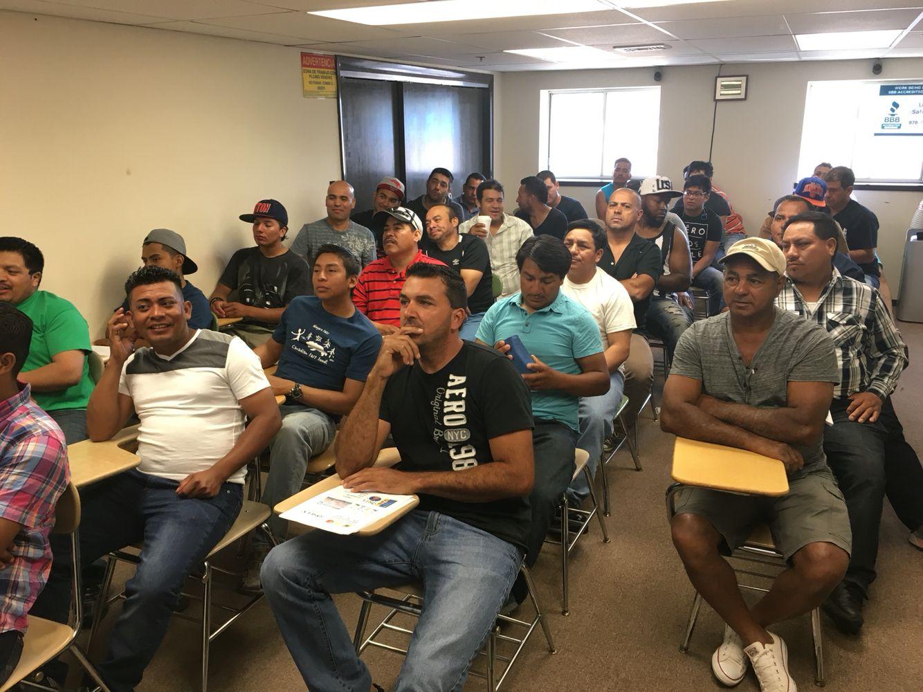 Osha Safety Training Portuguese, Spanish and English. 978