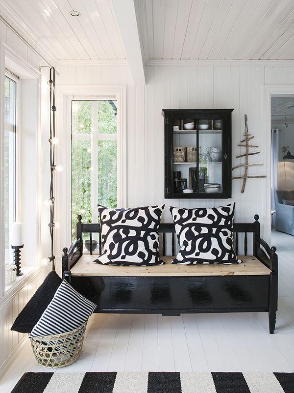Una vivienda decorada en blanco y negro | Estilo Escandinavo | Deco ...
