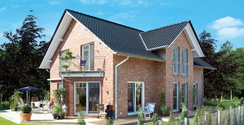 Einfamilienhaus satteldach zwerchgiebel  Einfamilienhäuser: Edition 445 - Satteldach mit Freigebinde ...