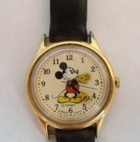 Mickey Mouse Watch Value >> Vintage Mickey Mouse Watch Lorus Quart By Thekeyholevintage