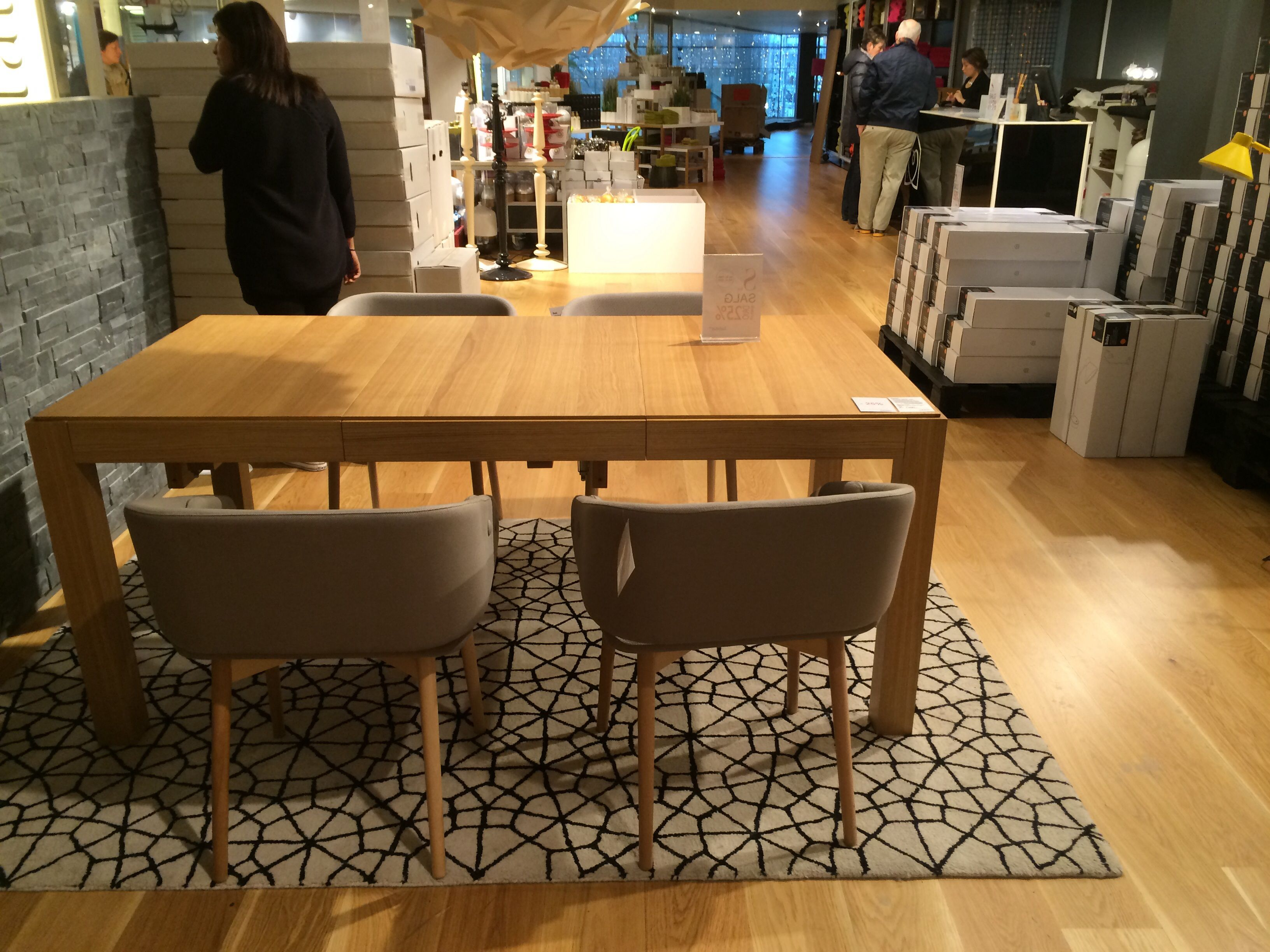 Drio Dining Table Eik