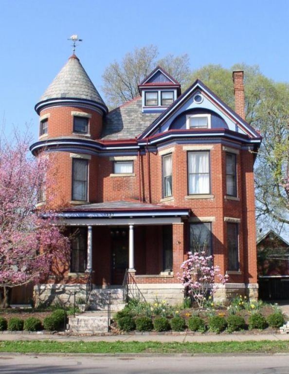 Fantastic 1237 Neil Ave Columbus Oh 43201 Houses Historic Homes Download Free Architecture Designs Remcamadebymaigaardcom