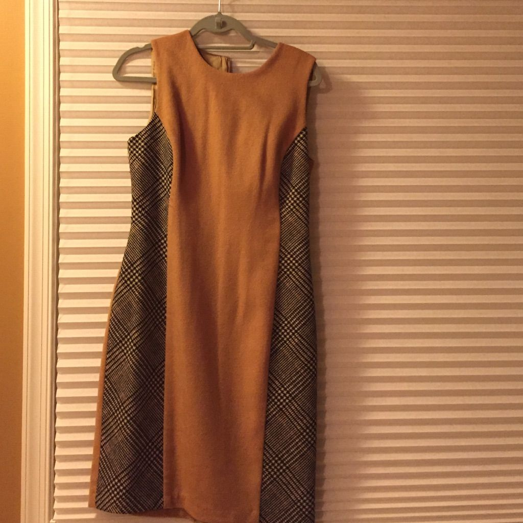 New J Mclaughlin Lined Dress Size 8