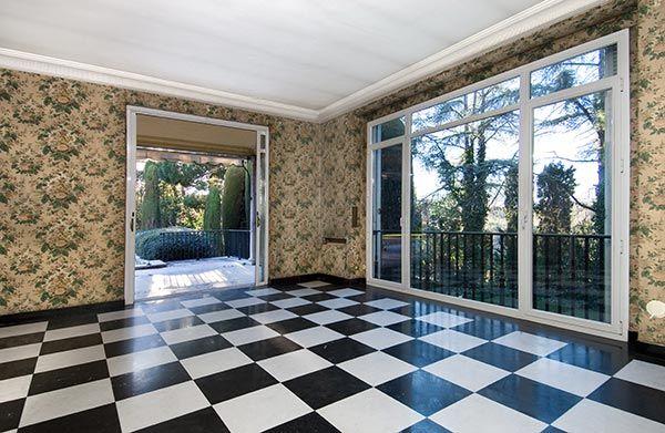 Ambassador agencia inmobiliaria madrid venta de casas for Escaleras bonitas