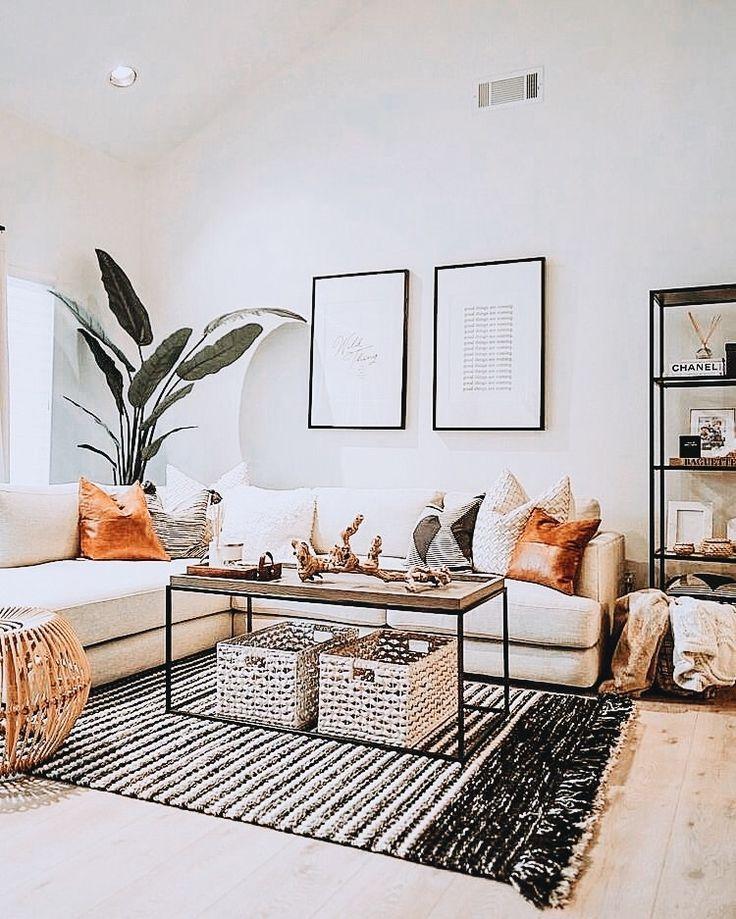 Living Room Decor #smallapartmentlivingroom