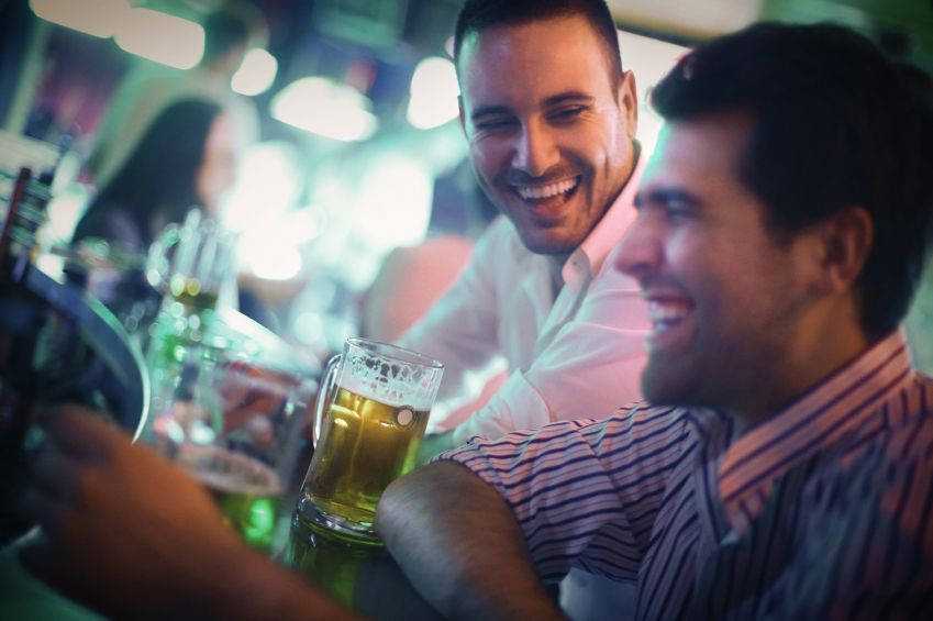 The Benefits of Digital Jukeboxes in Bars