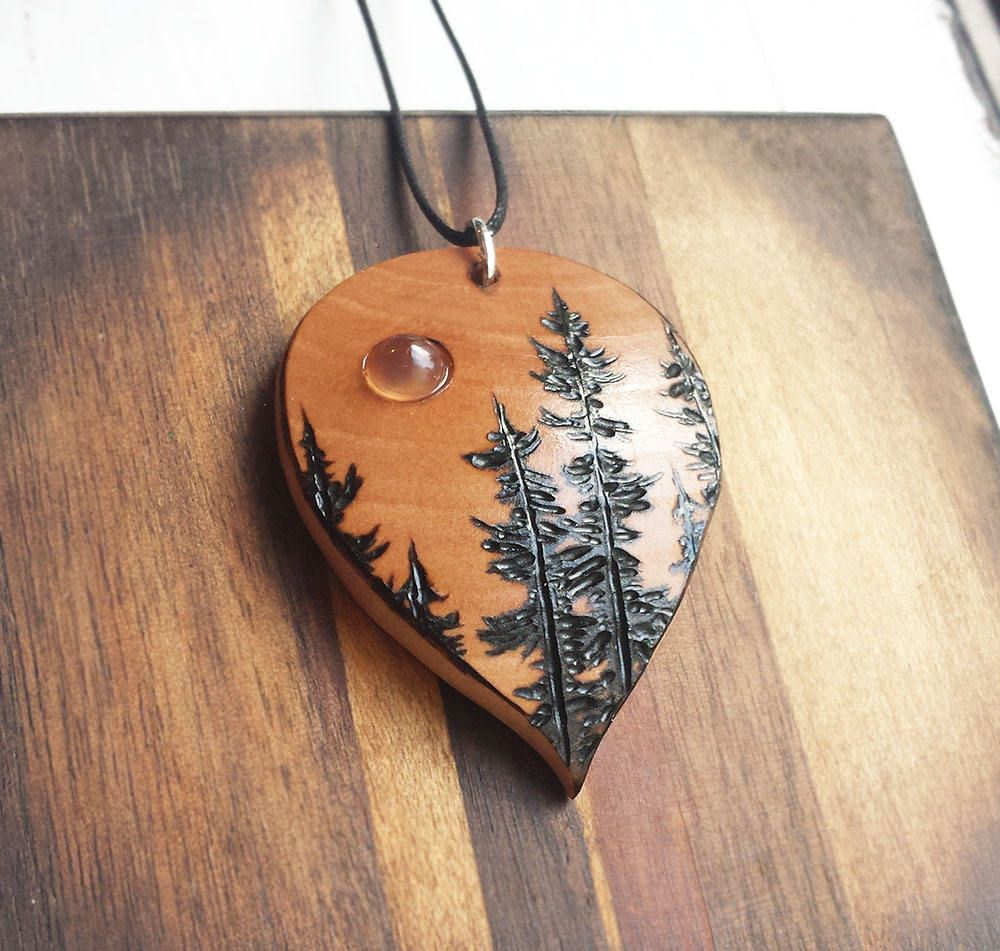 wood the cu bigfoot carving store necklace products