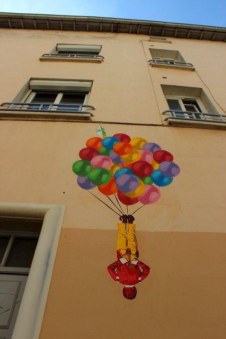 Big Ron Lyons : Big ben street art bye ron  rue de crimé