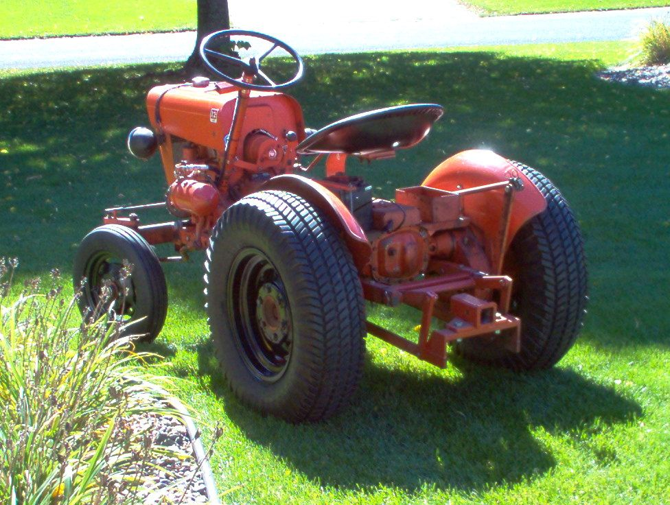 Old Cylinder Tractor : Economy power king utility tractor in original
