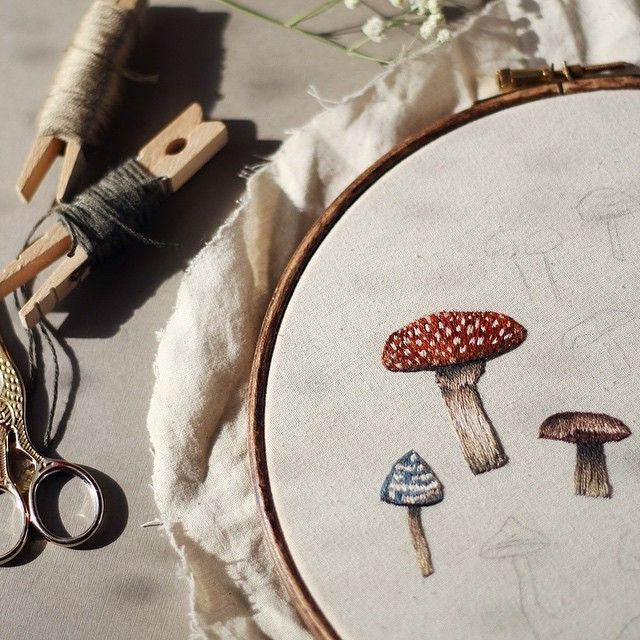 A little preview of what I'm working on at the moment :D #embroidery #embroideryhoop #hoopart