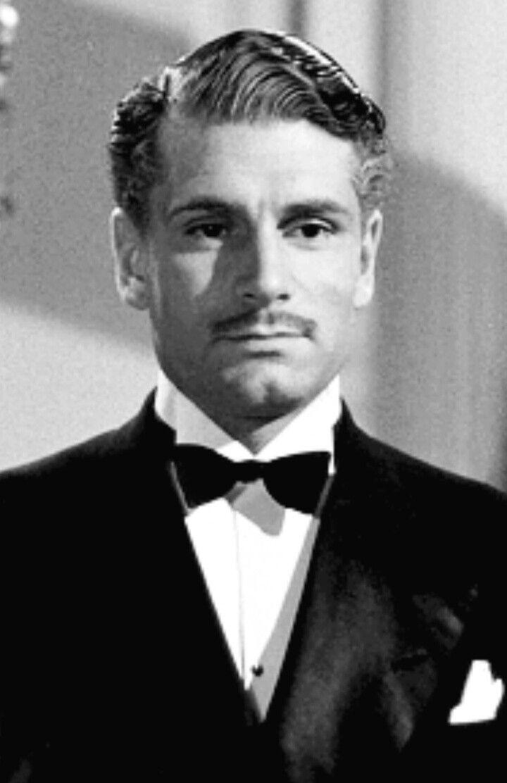 Laurence Olivier Rebecca In 2020 Actor Handsome Larry