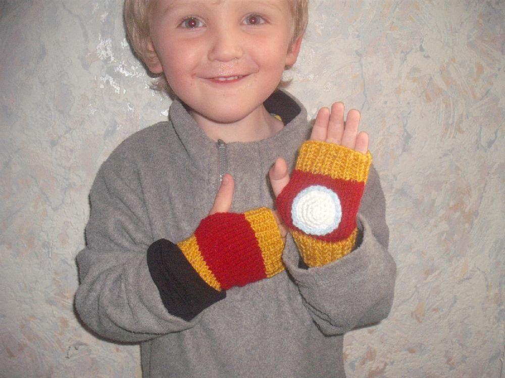 Iron Man Mitts Knitting pattern by Irene McCormick ...