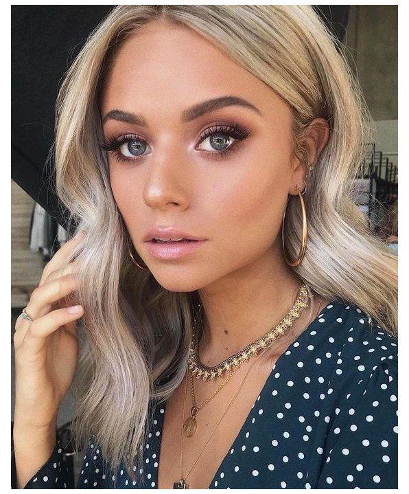 blonde hair makeup