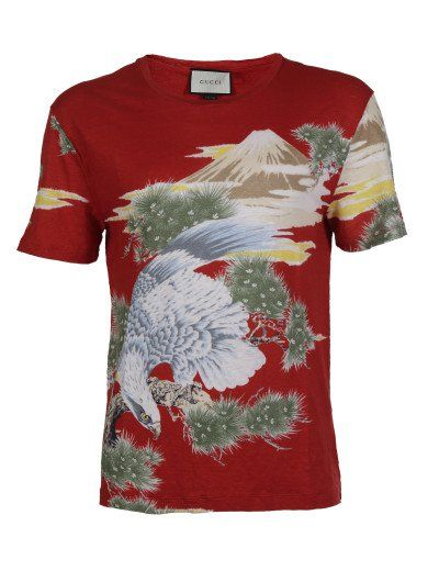 2b224a4a GUCCI T-Shirt Gucci, Red With Landscape/Eagle Print. #gucci #cloth #topwear