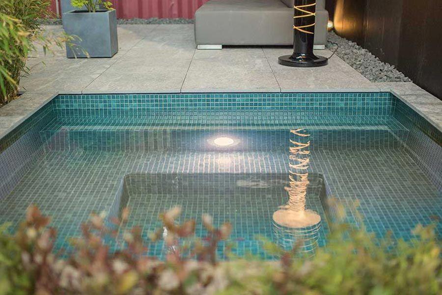 Kleiner Pool im Garten - Pool für kleine Grundstücke Schwimmbäder
