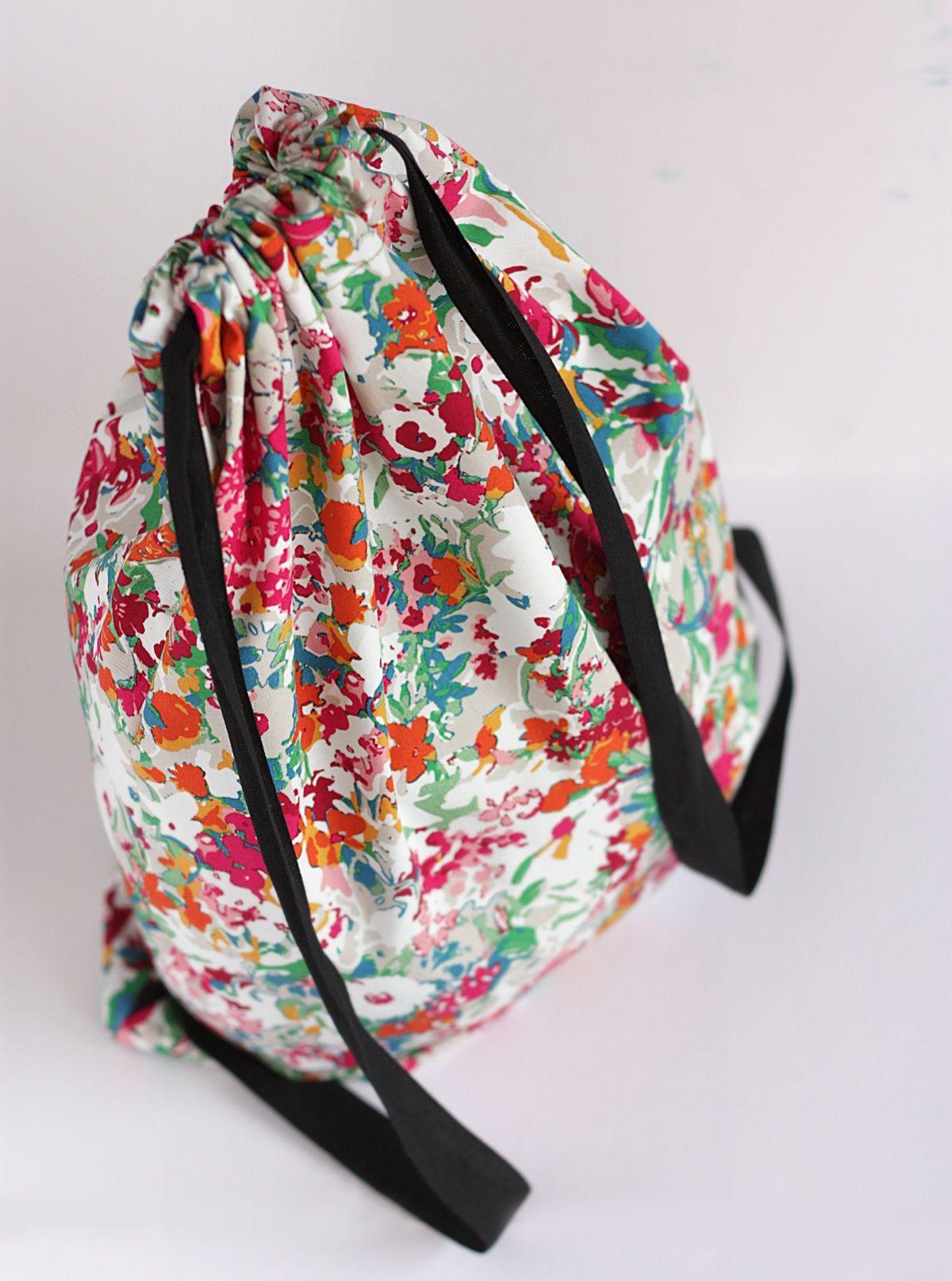 DIY Drawstring Backpack | Beutel und Nähen
