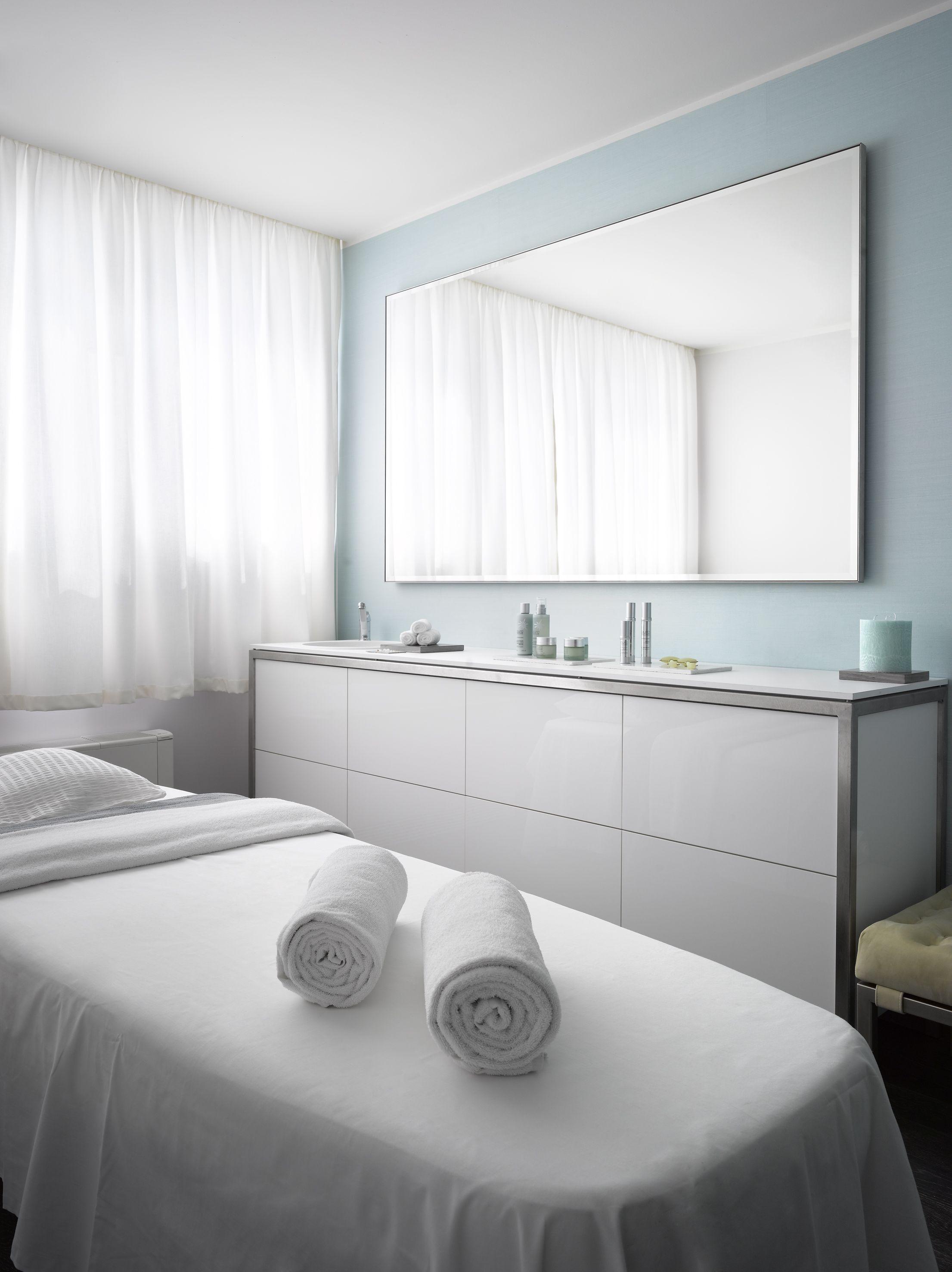 The M Spa Treatment Room (www.m Spa Prague.com)
