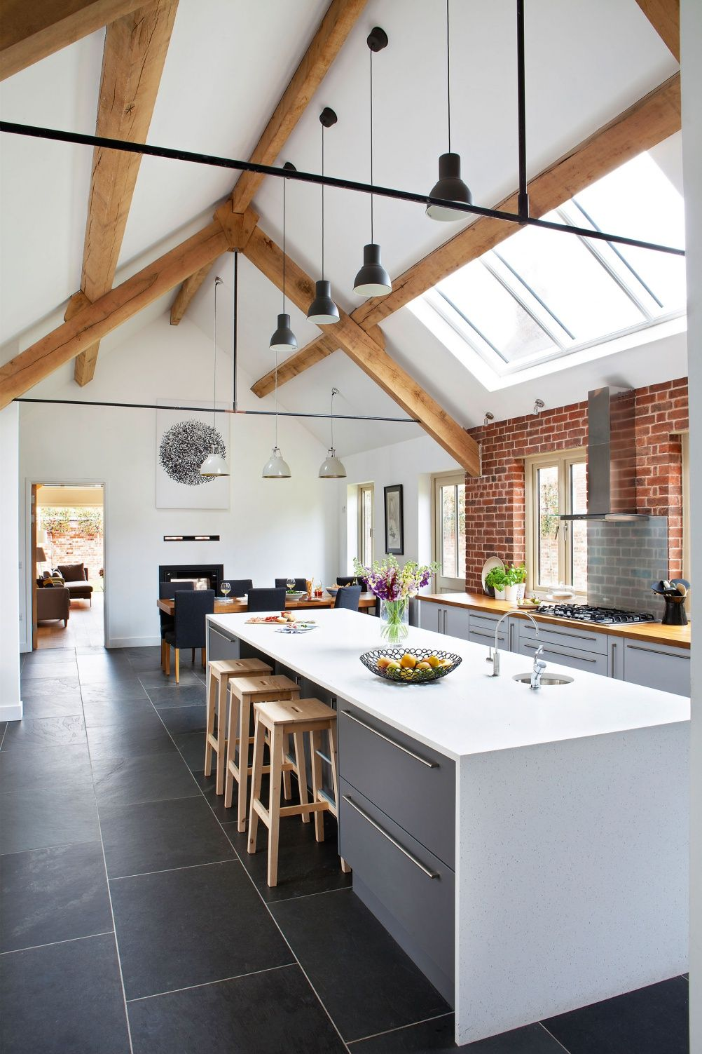 Glancy Barns Kitchen Island Pod Dachem Under The Roof