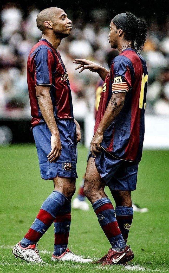 Thierry Henry i Ronaldinho FC Barcelona #henry #ronaldinho #thierryhenry #pilkanozna #futbol #sport #sports #football #soccer #piłkanożna #barcelona #fcbarcelona