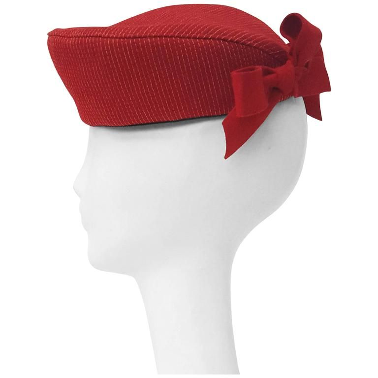 40s Red Felt Hat w/ Stitch Detail & Bows