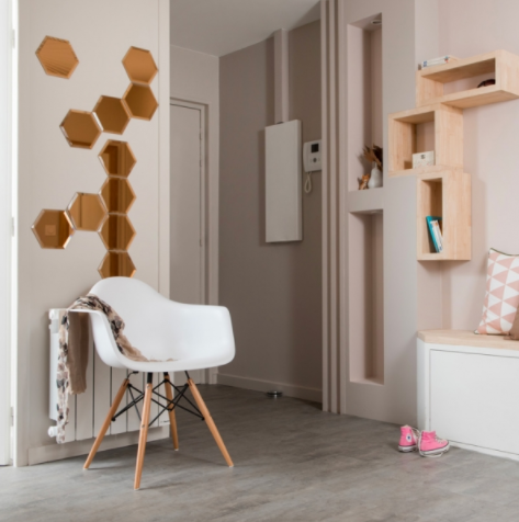 Le style scandinave dans un appartement lyonnais miroir for Rangement entree appartement