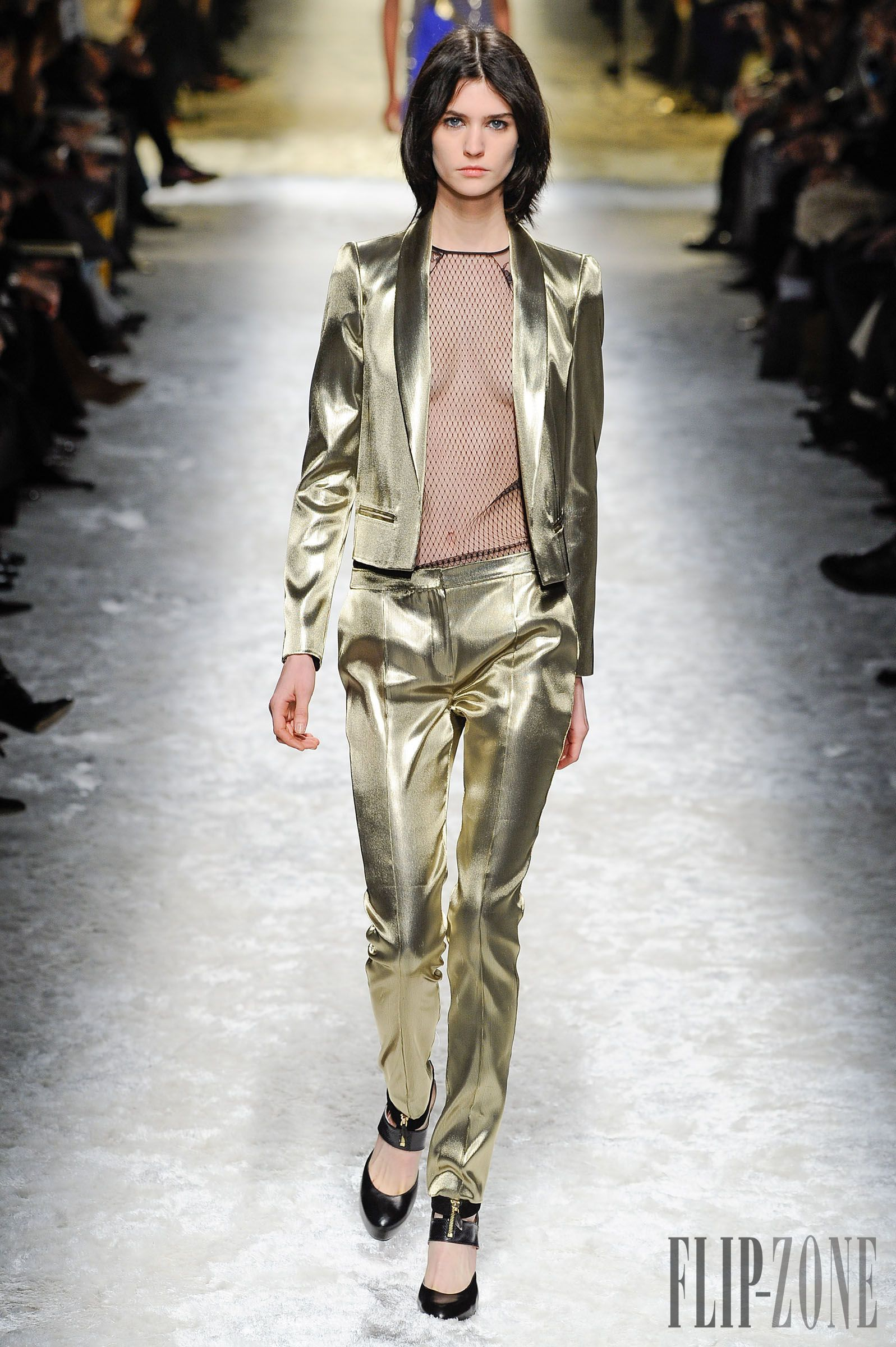 Blumarine Sonbahar-Kış 2014-2015 - Hazır giyim - http://tr.flip-zone.com/fashion/ready-to-wear/fashion-houses-42/blumarine-4579 - ©PixelFormula