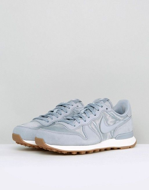 Nike Nike Nike Internationalist Essential Trainers In Grey Satin Winter 418a03