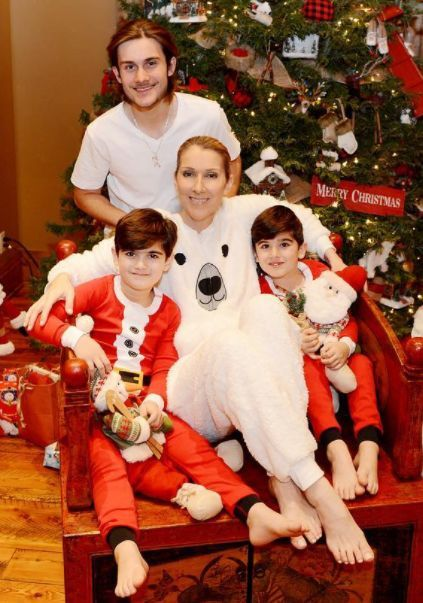 Celine Dion Shares Family Photo From First Christmas Without Rene Celine Dion Celine Marie Claudette Dion Celine