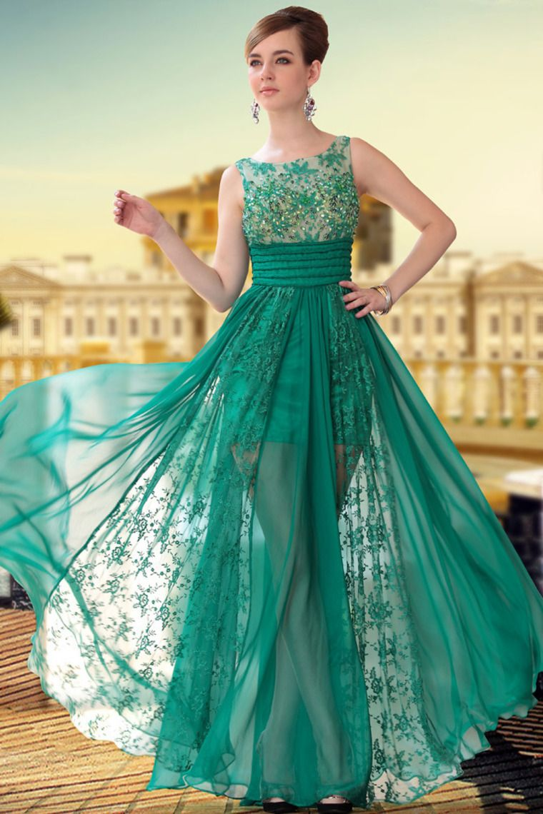 This is an amazing dress. The under dress should be a little ...
