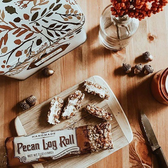 An oldfashioned tradition. Our pecan logs are the perfect