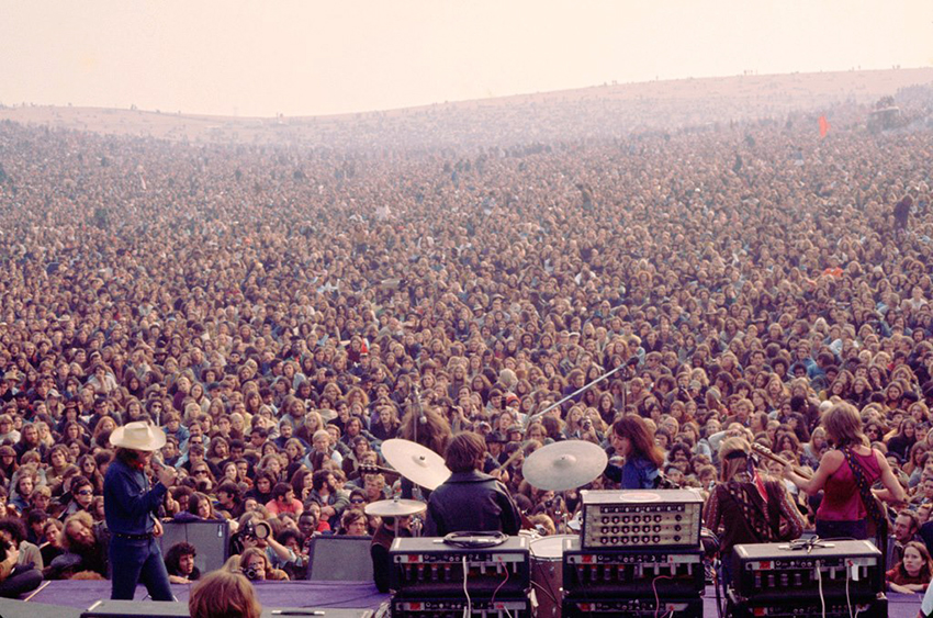 Airplane at The Rolling Stones Altamont Free Concert 1969 ...