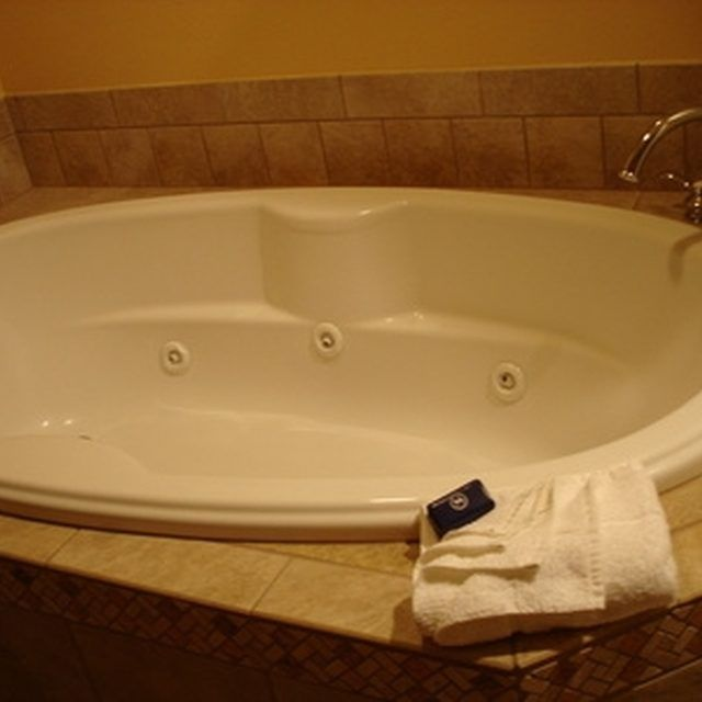 Learn To Clean Your Whirlpool Bathtub Jets Regularly With Images