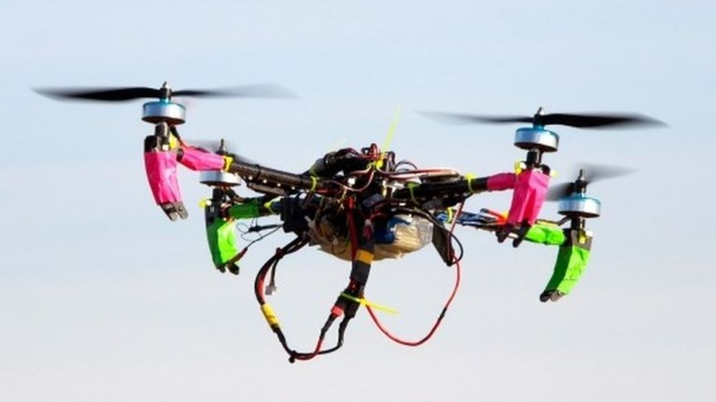 US drone owners told to register