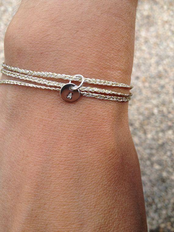 SIENNA Bracelet personnalisé tresse mini charms par lesbrindilles