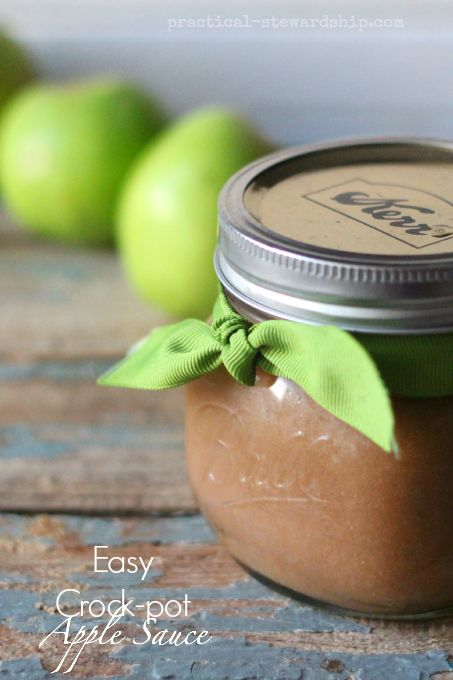 Ridiculously-Easy Crock-pot Apple Sauce-with any amount of apples