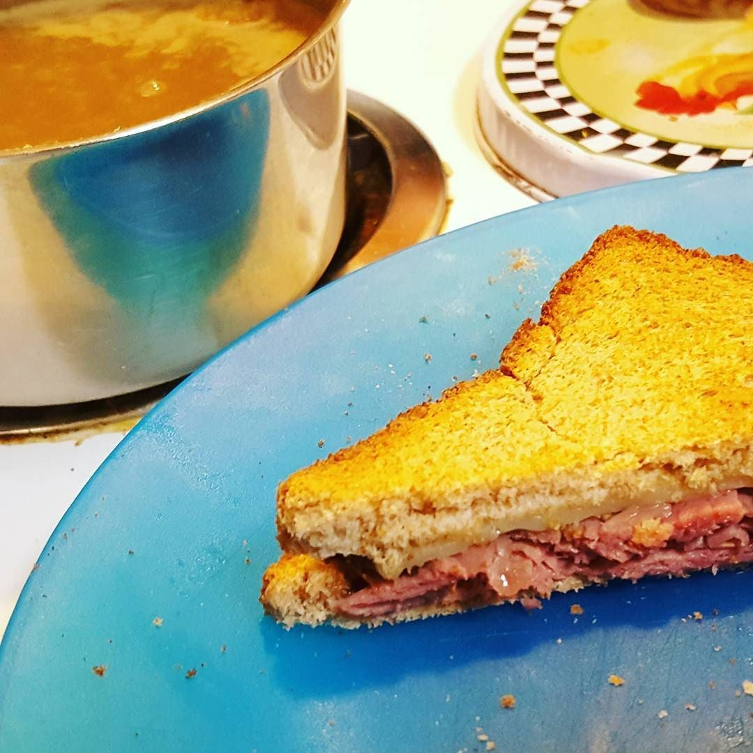 Sandwich: Wheat Bread Worcestershire Sauce Roast Beef Provolone ...