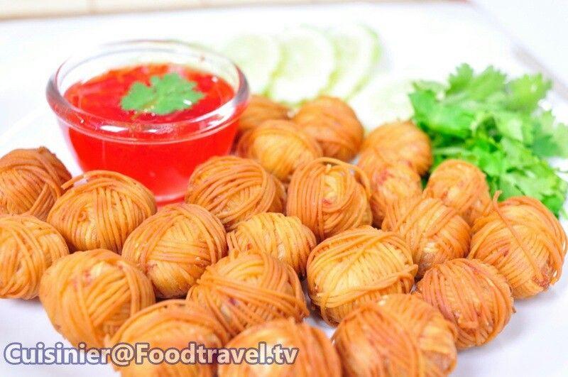 หมูโสร่ง (Moo Sa-Rong) Thai Snack