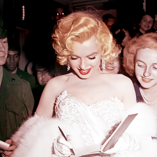 "Marilyn at the premiere for ""How To Marry A Millionaire"", November 1953"