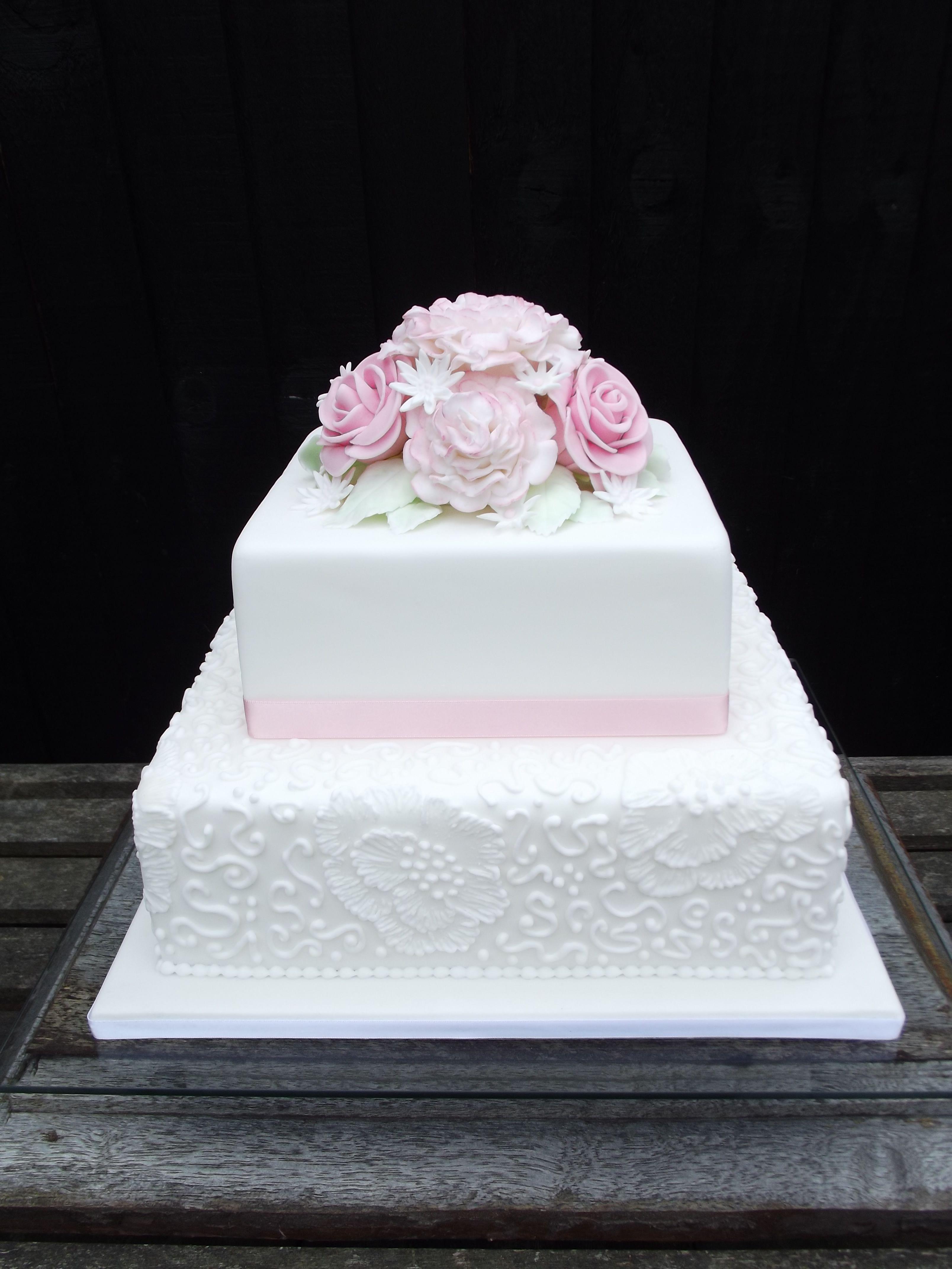 Amazing Square Wedding Cake Gallery Elaboration - Wedding Idea 2018 ...