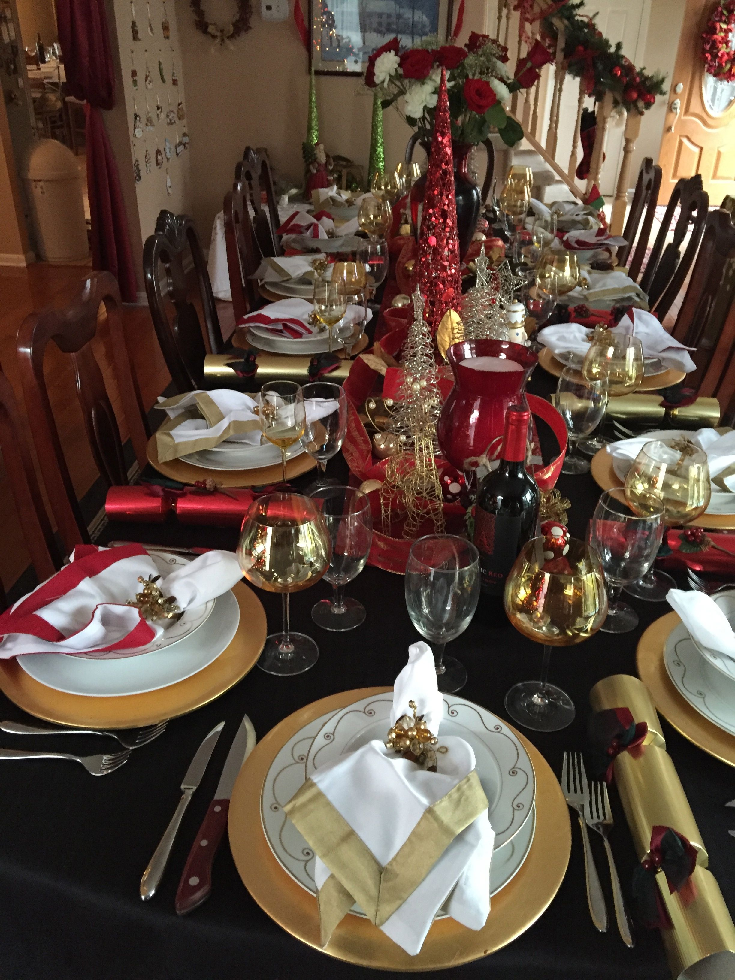 Christmas Table Red Gold On Black