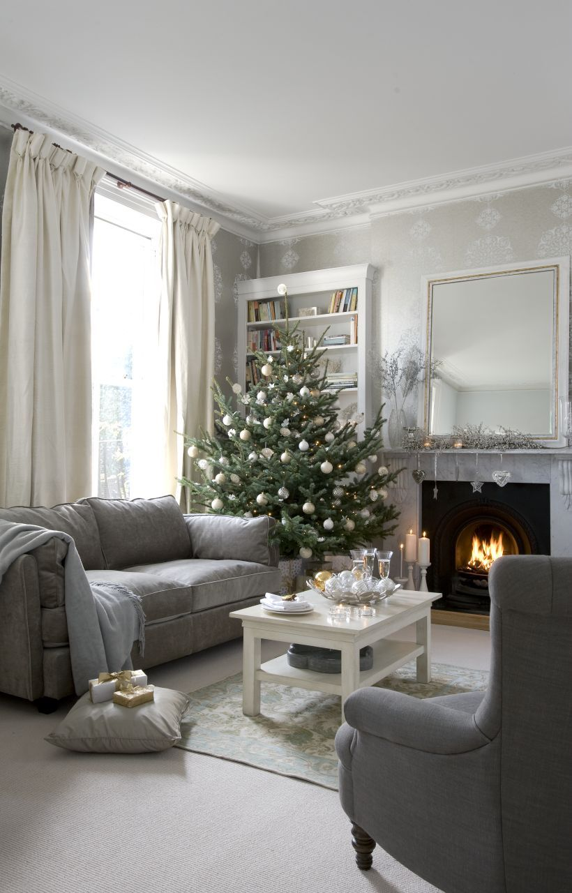 Why You Should Decorate With Copper This Year Christmas Living Rooms Christmas Room Minimalist Christmas Tree