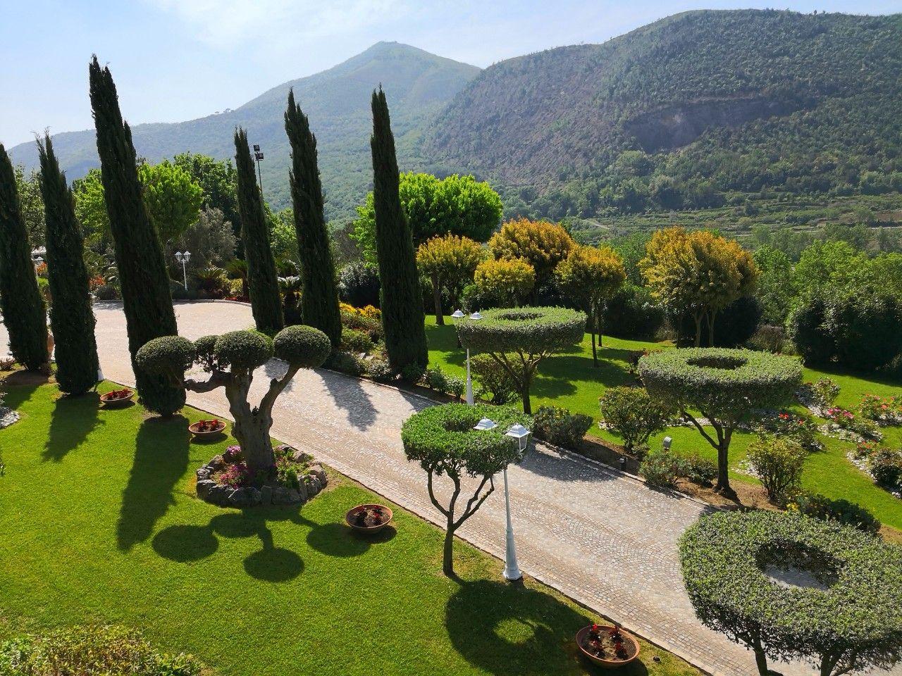 Pin di Villa Ebla su villa ebla garden