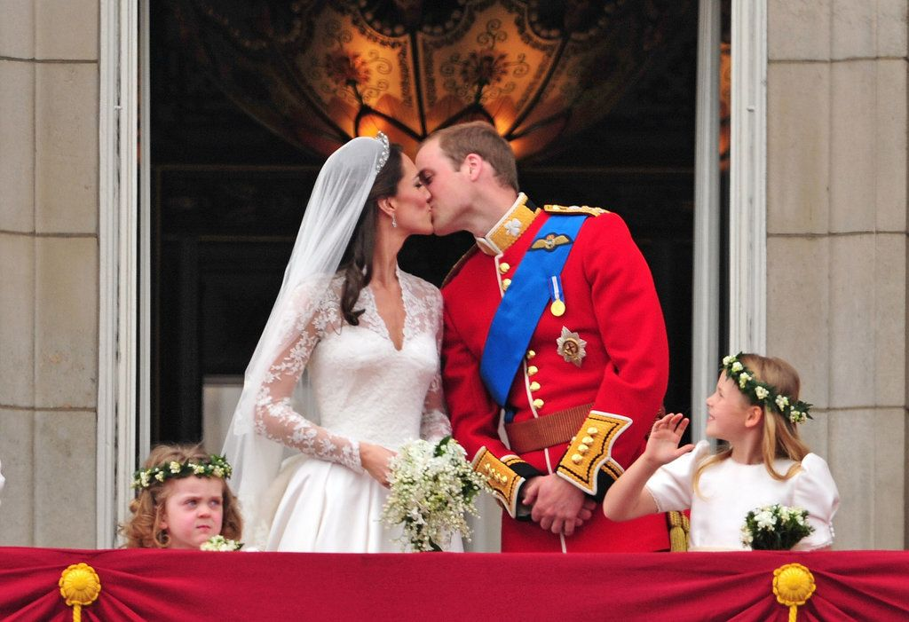 24 Pictures We Really Hope Kate Middleton And Prince William Have Framed Kate Middleton Hochzeit Royale Hochzeiten Herzogin Kate