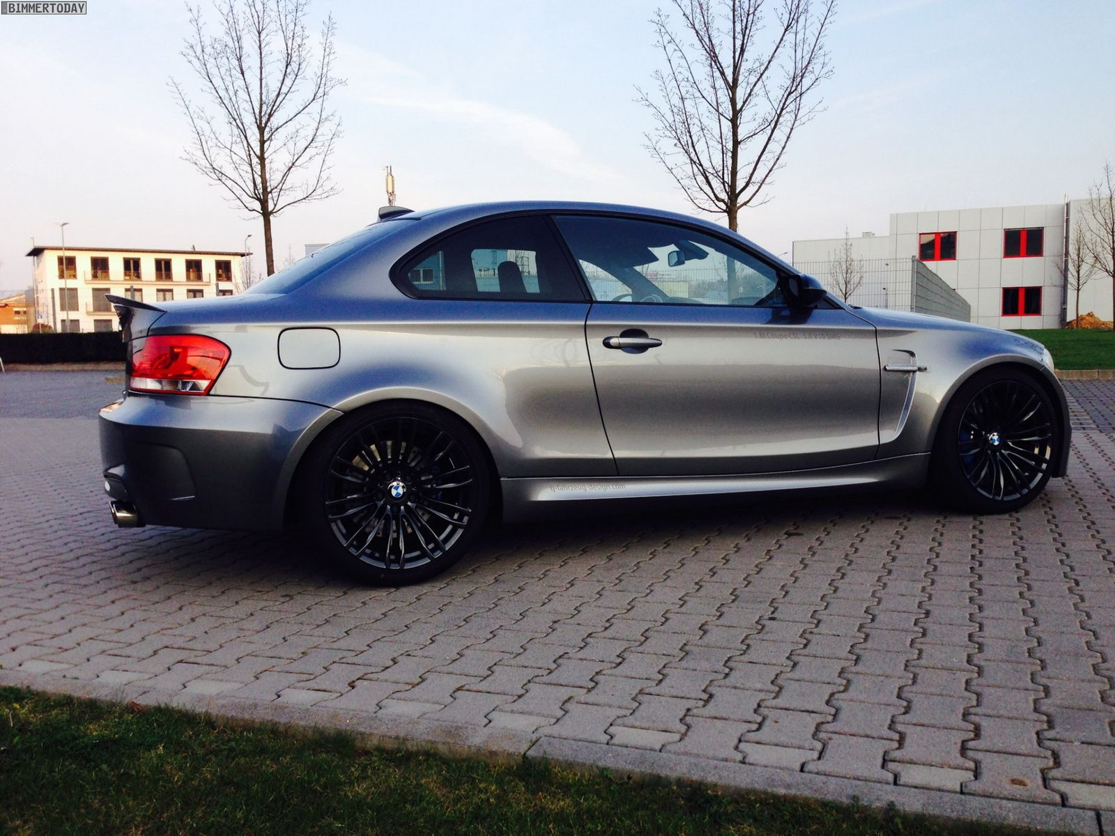 Bmw 118d Coupe Turned Into 1m Replica With M5 S V10 Bmw Coupe
