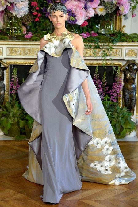 Gray floral sleeveless dress with a train. Alexis Mabille, Couture Fall 2013. Model: Emilia Nawarecka. Photo: Alessandro Viero / InDigital | GoRunway