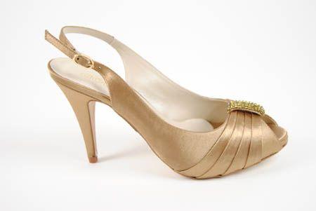 gody zapato de raso dorado con anillo | zapatos y patrones | zapatos