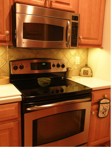How often do you clean your stove and microwave? This task should be done at least once a week!